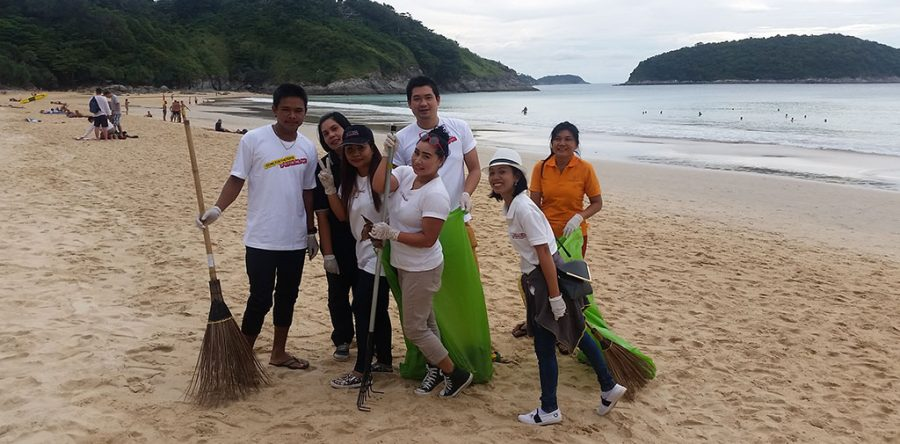 Rawai Nai Harn Bussiness Community tidy up Phuket's southwest coast